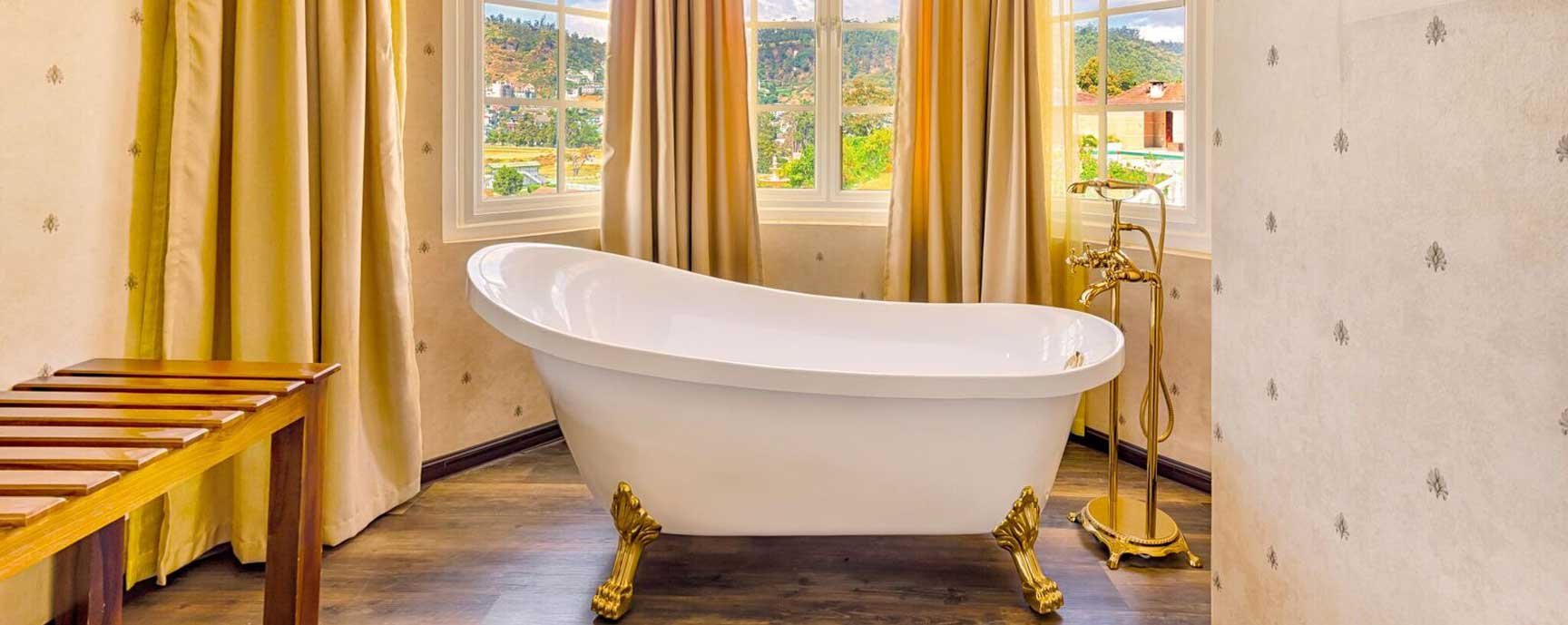 Bathtub overviewing a scenic view of nature