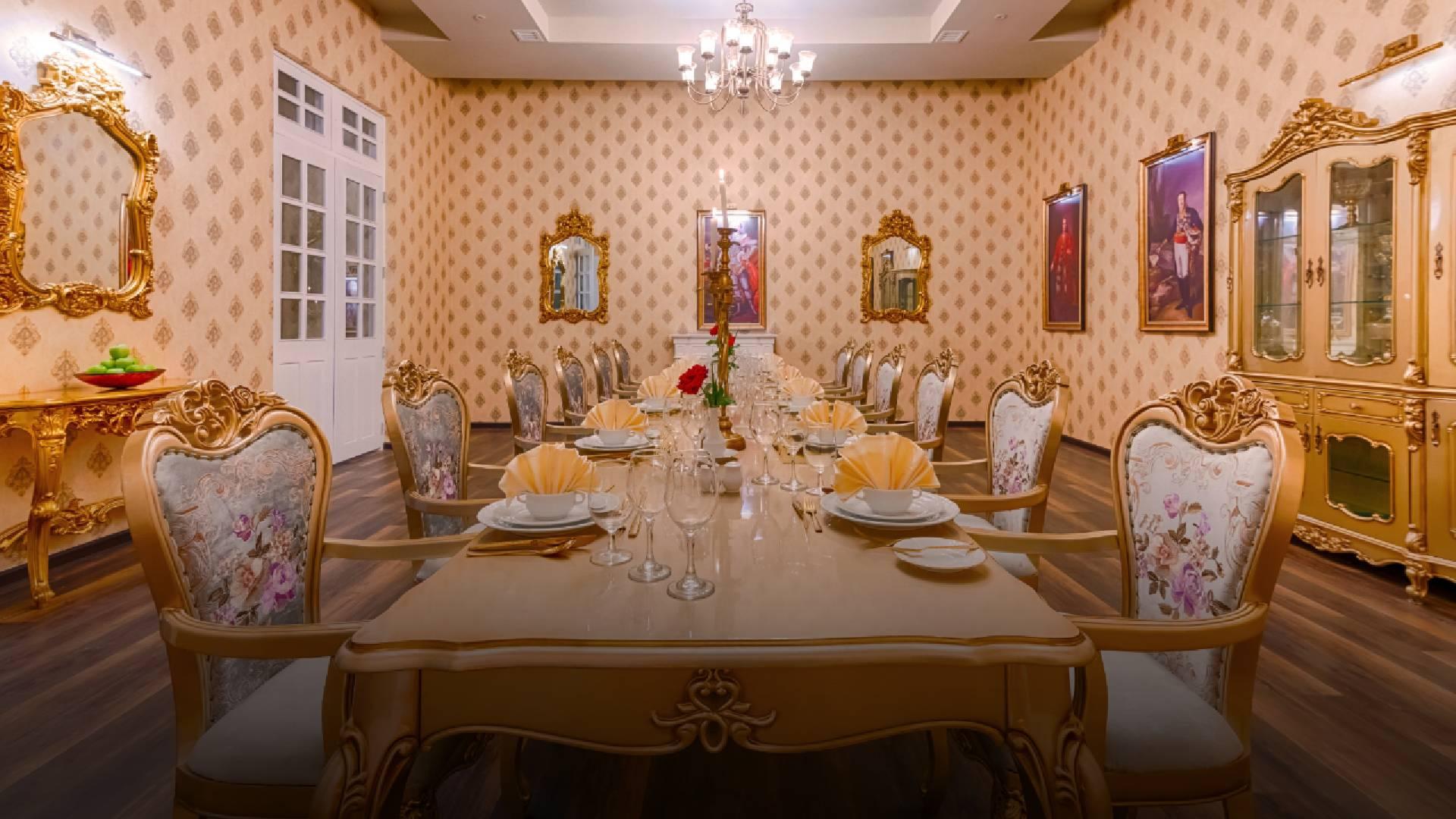 The Westbury Palace - Dining